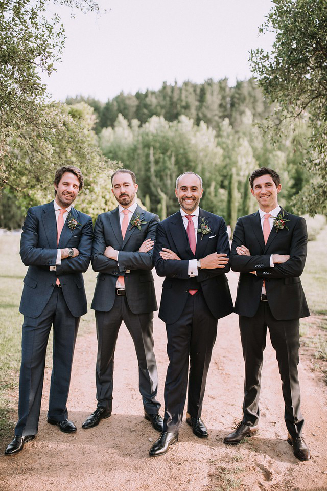 Boutonniers. Flowers for M&S Wedding in Arbucies (Can Riera de la Pineda). Photo by Juanluro Jano